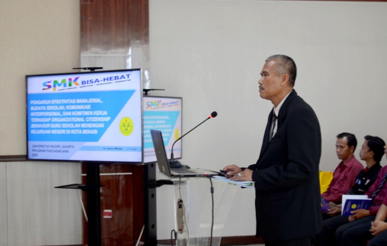 Uu Saeful Mikdar Sekretaris Dinas Pendidikan Kota Bekasi Raih Gelar Doktor Dari UNJ