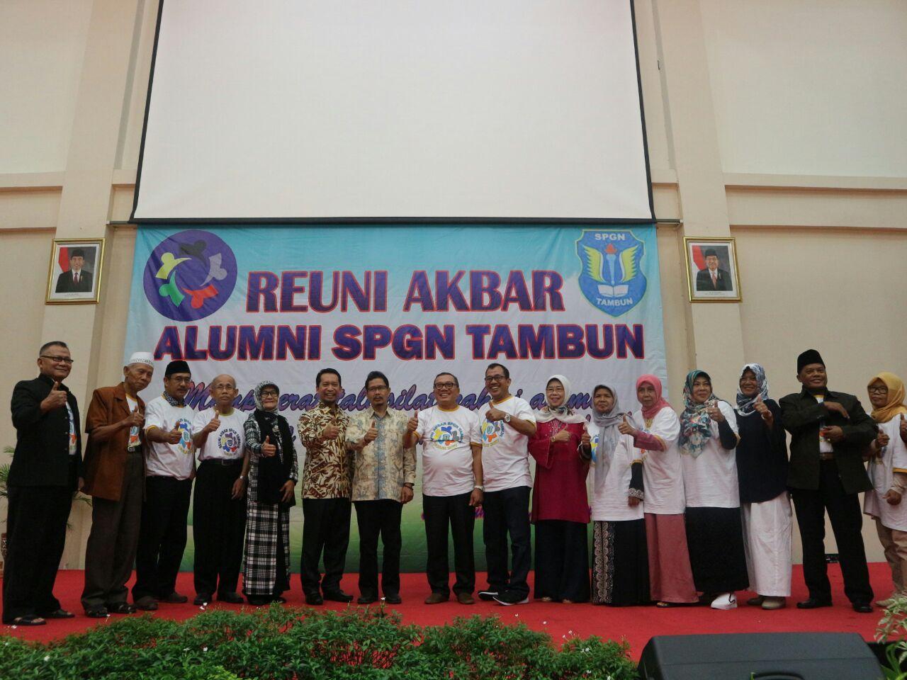 Sambung Silaturahmi Ribuan Alumni SPGN Tambun Hadiri Reuni Akbar